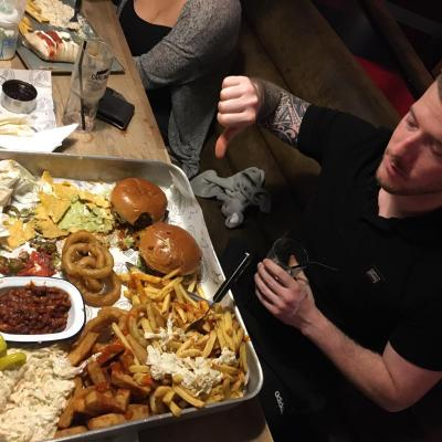Mark Watson Failed The Ultimate Burger Challenge